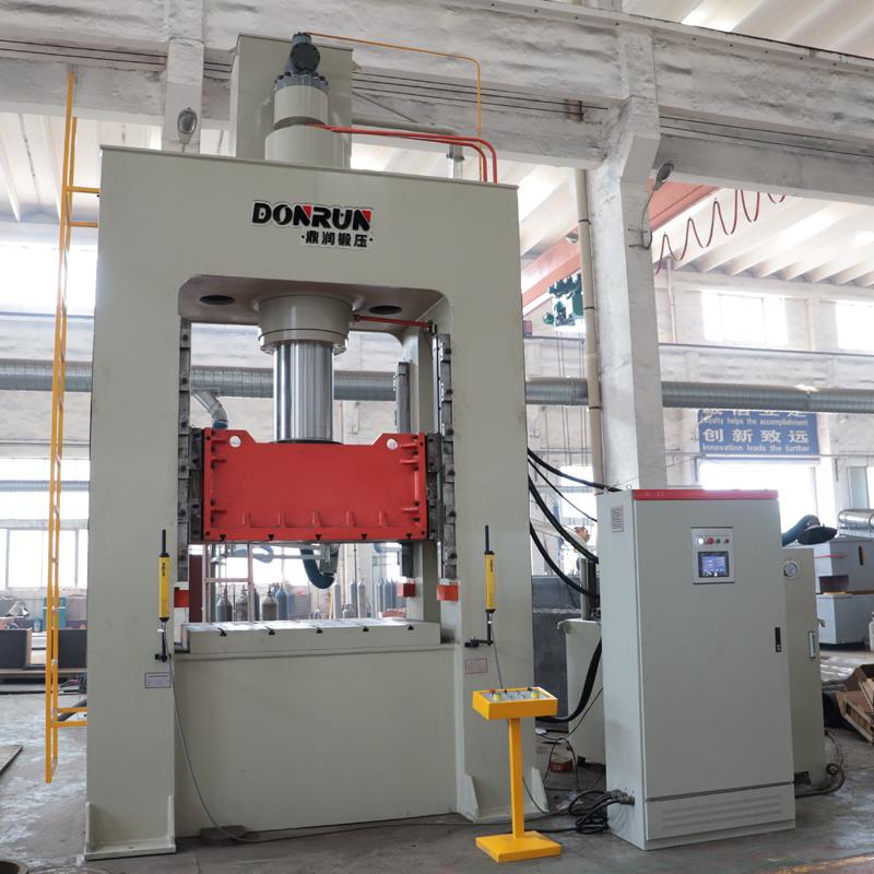 400吨液压垫框架液压机