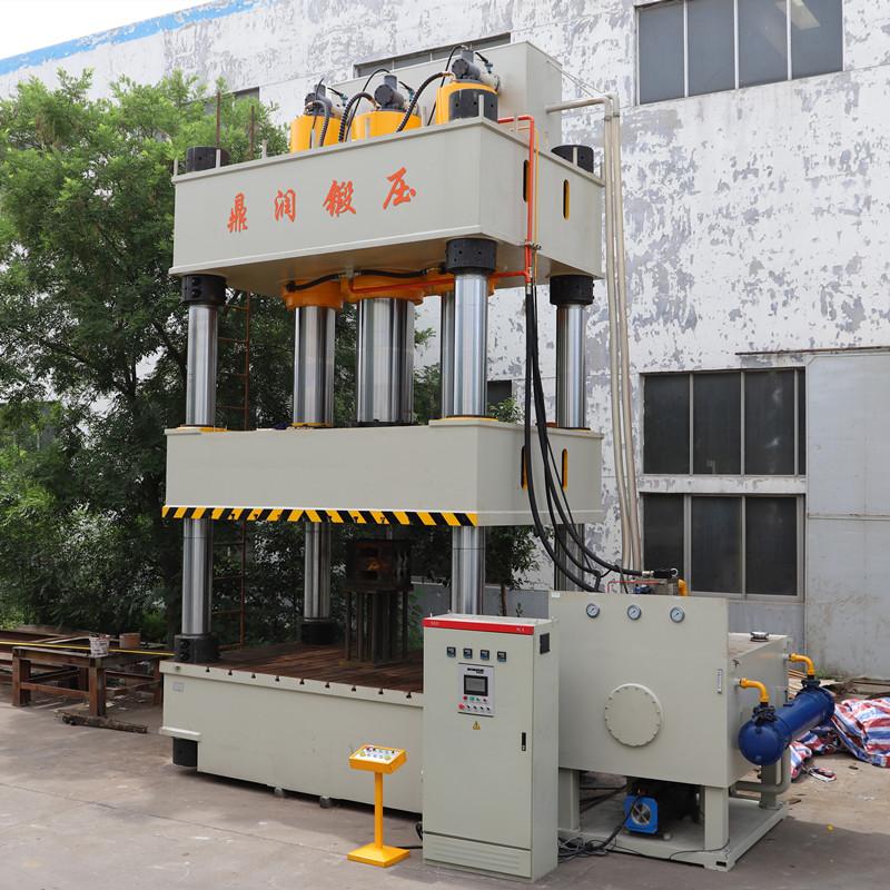 2000吨模压玻璃钢化粪池液压机