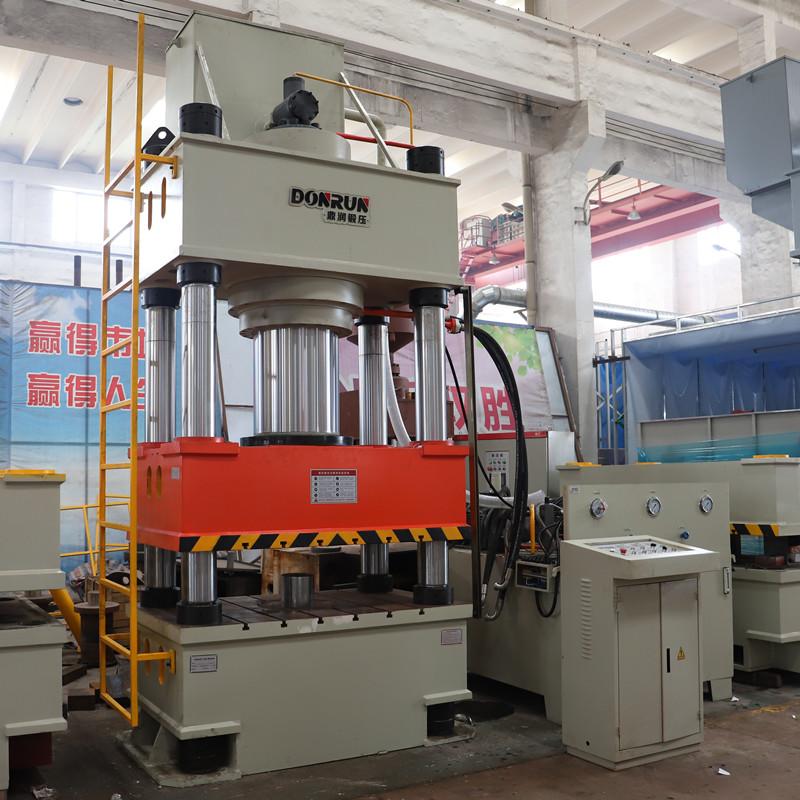 500吨单缸三梁四柱液压机