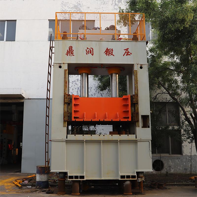 500吨框架液压机